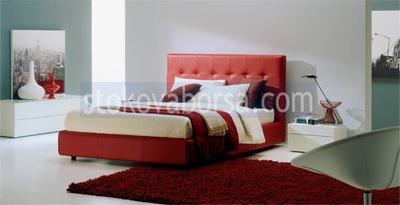 Chesterfield червено лукс легло